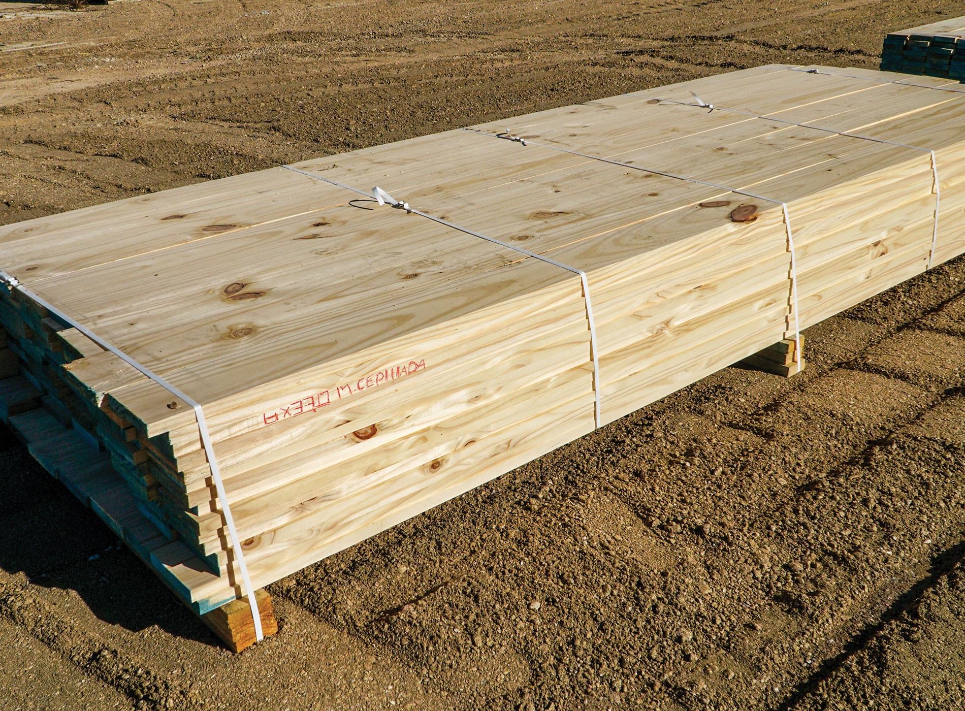 Tablas de madera cepillada en Montevideo