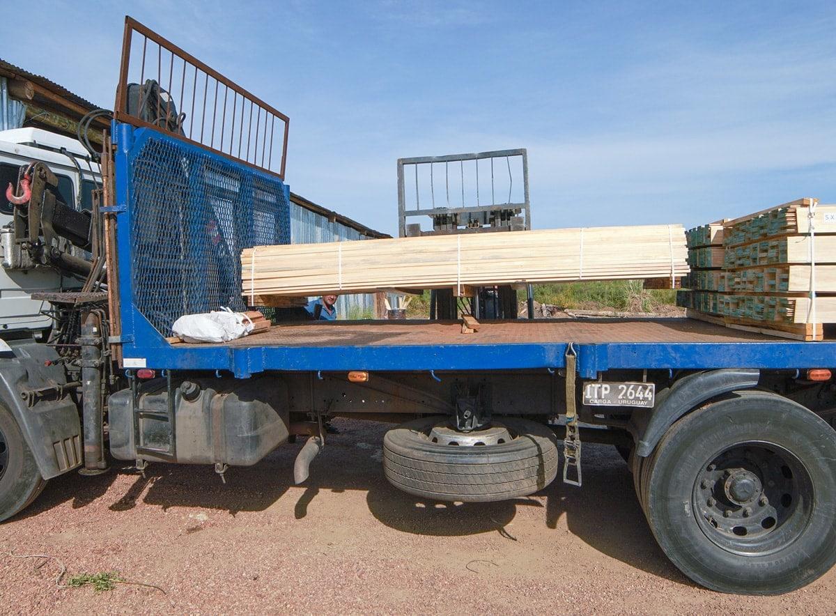 Aserradero de madera con envío